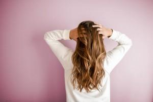Gražūs merginos plaukai